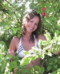 Internationallovecupid.com - Links women