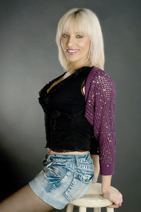 Sexy lady with the pretty - Internationallovecupid.com
