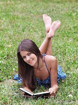 Internationallovecupid.com - Woman looking for men